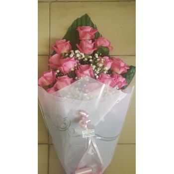 Bouquet de 17 roses rose